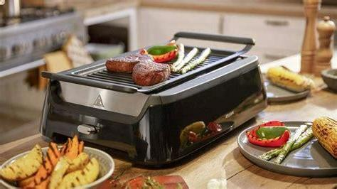 indoor smokeless bbq grill in black